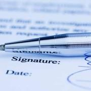 Are invoices without an electronic signature valid?